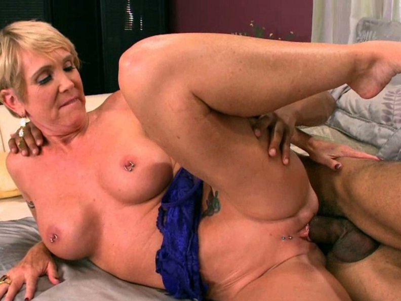Mature older women oral sex